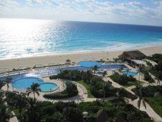 Live Aqua Cancun for spring break holllllaaaaa