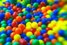 colorful balls by lensbaby muse