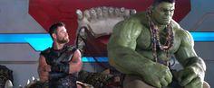 """Cinema no Escurinho: No divertido """"Thor: Ragnarok"""" ação, piadas e um si..."""