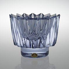 "AIMO OKKOLIN, kristallskål, ""Kruunu"", signerad, Aino Okkolin, Riihimäen lasi Oy. - Bukowskis Vintage Vases, Retro Vintage, Glass Design, Design Art, Fabric Decor, Scandinavian Design, Modern Contemporary, Flower Arrangements, Bowls"