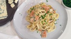 Tagliatelle with turkey and Dolcelatte sauce