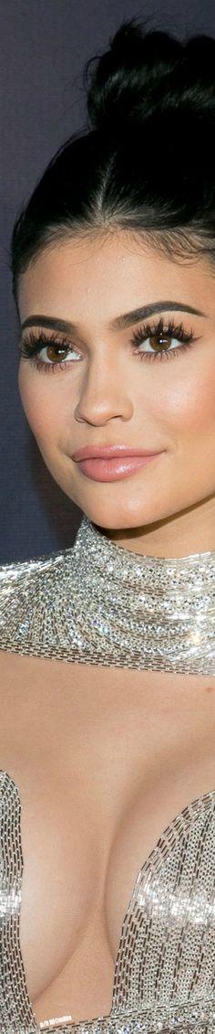 Kylie Jenner Afterparty Golden Globe Awards 2017