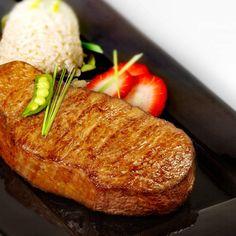 Steak: Original Japanische Wagyu Rumpsteaks (A5)   https://www.gourmetfleisch.de/rind/original-japanische-wagyu-rumpsteaks-a5.html
