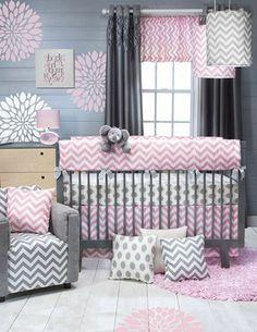 Best babyzimmer m dchen grau rosa wei farben im zimmer babybett kissen design blumen wanddeko elefant