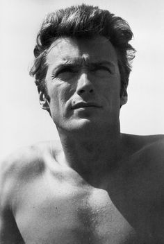 Clint Eastwood - so handsome Clint Eastwood Pictures, Clint And Scott Eastwood, Hollywood Stars, Classic Hollywood, Old Hollywood, Hollywood Icons, Hollywood Actresses, Photo Star, Iwo Jima