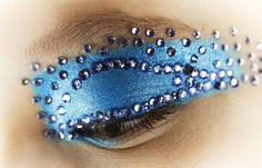 Blue eyeshadow - Strass