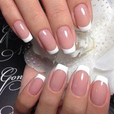 french nails with a twist Braid Tutorials French Nails, French Manicure Acrylic Nails, Metallic Nails, Glitter Nails, Nail Polish, Cute Nails, Pretty Nails, My Nails, Elegant Nails