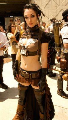 HeulNicht: Steampunk Cosplay - Hasencontent