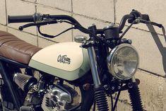 Garagem Cafe Racer : CG 125 Petite Delí by Cafe Racer Dreams Bmw Cafe Racer, Cafe Racer Handlebars, Moto Cafe, Café Racer 125, Cg 125 Cafe Racer, Cafe Racer Parts, Motorcycle Types, Cafe Racer Motorcycle, Moto 125cc