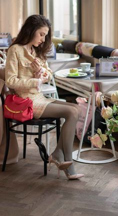 Fishnets are out of style for But, you can still wear fishnet tights and look stylish this season. Here is how to style fishnets in Fashion Tights, Women's Fashion Dresses, Ladies Fashion, Skirt Fashion, Fashion Fashion, Womens Fashion, Romantic Outfit, Elegant Outfit, Date Outfits