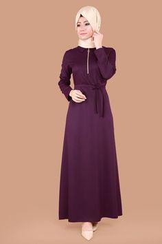 ** YENİ ÜRÜN ** Göğsü Fermuarlı Tesettür Elbise Mürdüm Ürün Kodu: BİSS4212 --> 69.90 TL