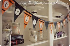 pottery barn-inspired no-sew halloween bunting {DiY} - Living Well Spending Less®