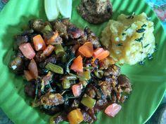 Sengoseng sapi + mashed potato + sambel kacang