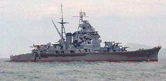 Eu nao achei essa imagem em preto e branco,se possível alguém me passar o link da foto original. New Orleans, Heavy Cruiser, Imperial Japanese Navy, Naval History, Old Images, Military Diorama, Navy Ships, Battleship, World War Ii