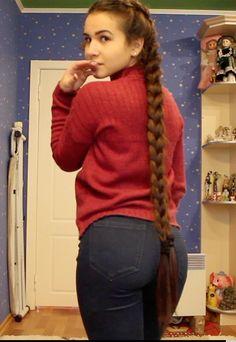 VIDEO - Long braids swinging - VIDEO – Long braids swinging – RealRapunzels Source by - Little Girl Models, Cute Little Girl Dresses, Beautiful Little Girls, Cute Girl Outfits, Preteen Girls Fashion, Girl Fashion, Candid Girls, Long Braids, Sexy Jeans