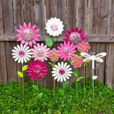 Garden Fun Metal Flower Stakes W/Dragonflies / Pink U0026 White Metal Yard Art /