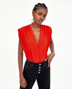 BODY DRAPEADO-ÚLTIMA SEMANA-TRF | ZARA España Zara Models, Closet Basics, Bodysuit, Zara United States, Lingerie, Spring Summer 2018, V Neck, T Shirt, Sewing Tutorials