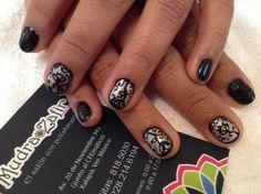 Diseño: www  Material: gel polish   Ven al nail bar especializado en polish.  Los mejores productos internacionales para que tus uñas luzcan ESPECTACULARES.  Citas: 818.50.30 y 228.214.6194. Tenemos estacionamiento