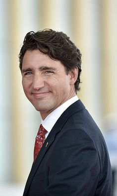 Stop Whining, Comedian Says Canada Has It Good With Trudeau Justin Trudeau, Premier Ministre, I Am Canadian, Kevin Spacey, Celine Dion, World Leaders, Beautiful Soul, Comedians, Famous People
