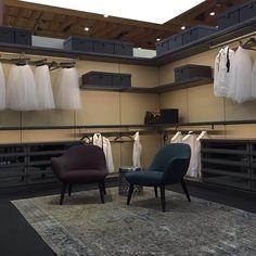 Estamos na Tektónica a apresentar as novas telas acústicas da Alyos e os sistemas de roupeiros da Poliform. Este é o roupeiro Ubik. Visite-nos na Fil em Lisboa #poliform #ubik #closets #walk-in closets #projetos #interiores #arquitetos #casa #home #design #quality #interiordesignprojects #trends #tektonica2016 #lisbonne #lisbon #quartosala