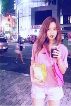 T-ARA Hyomin Pink Fashion in Japan