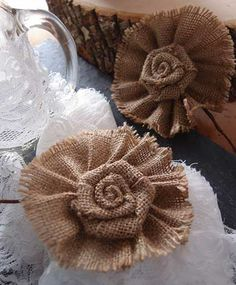 These burlap flower picks are wonderful additions to floral arrangements for a little rustic charm. Perfect as wedding or special occasion decor! #burlap #burlapflowers