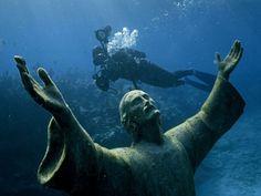 Under Water Jesus @ Pennekamp Coral Reef State Park Florida Keys USA