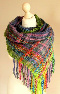 Handwoven mobius scarf Boho shawl Infinity woven by PastoralWool Loom Weaving, Hand Weaving, Weaving Textiles, Weaving Patterns, Spinning Yarn, Woven Scarves, Weaving Projects, Woven Fabric, Weaving