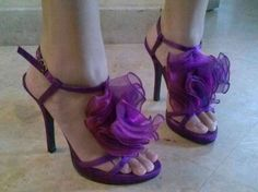 This spring, I dare to wear radiant orchid. #Swapdom #BefriendATrend