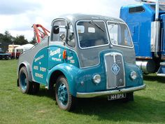 Thornycroft Nippy by classic vehicles, via Flickr