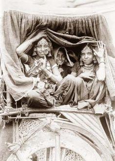 фото индийских танцовщиц начала 20 века
