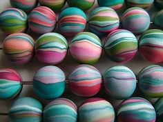 How to make these gorgeous beads from scrap clay by Amy Bee Link doesn't work.