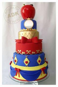 awesome! Snow white cake