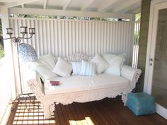 Indonesian Style Day Bed paint white (by Desire Empire)