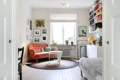comment bien meubler un petit studio, canapé orange, tapis rond