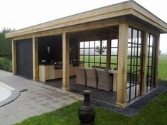 Overkapping met schuurtje en buitenkeuken Canopy with shed and outdoor kitchen Pergola Patio, Backyard Patio, Pergola Kits, Backyard Ideas, Cheap Pergola, Garden Ideas, Outdoor Rooms, Outdoor Gardens, Outdoor Living