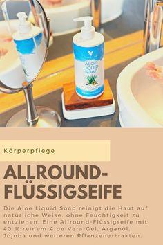 Die Aloe Liquid Soap von Forever reinigt die Haut auf natürliche Weise, ohne Feuchtigkeit zu entziehen. Die Kombination aus 40 % reinem Aloe-Vera-Gel, Arganöl, Jojoba und weiteren Pflanzenextrakten machen die Flüssigseife zu einem perfekten Allround-Produkt für den gesamten Körper. Ein frischer Zitrusduft, gepaart mit Aromen aus Zimtgewürz, Zedernblatt und Rosen runden diese cremige Seife ab. Auch für Tiere geeignet. #aloesoap #bodycleaning #liquidsoap #aloevera What Is Aloe Vera, Liquid Soap, Aloe Vera Gel, Personal Care, Health, Head To Toe, Cleaning, Plants, Self Care
