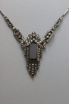 Vintage 1920's Art Deco Necklace. My fab  Art Deco inspired Next earrings although quite cheap would go with this os so exsquiside and expencive necklace so well.