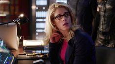 Felicity Smoak, Arrow, Arrows