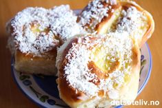Skolebrødsnurrer | Det søte liv Doughnut, Sweet Recipes, French Toast, Food And Drink, Pudding, Baking, Breakfast, Desserts, Ramadan