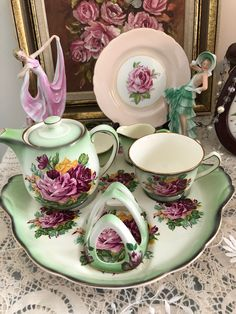 James Kent Vintage Rose Breakfast Set Facebook.com/Inhercups Vintage Roses, Vintage Teacups, Breakfast Set, Chocolate Pots, Teapots, Pretty In Pink, Tea Time, Tea Cups, Decorative Plates