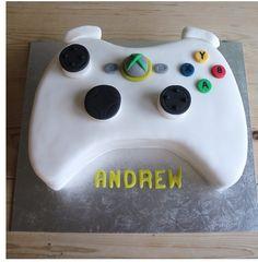 #Cool Cake xbox, gamer!