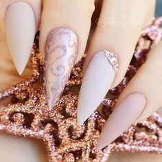 Nude nails designs never go out, and it is a fact. And this fact makes nail art ideas in nudes our little life saviors as following all those new trends often becomes exhausting and sometimes we need something that will never fail us. That's why we made a collection of the best nude nail designs #nudenails #nudenaildesign #naildesigns