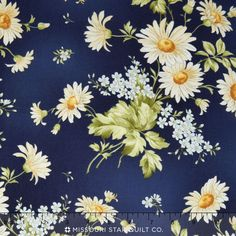 Gentle Breeze - Daisies Navy Yardage