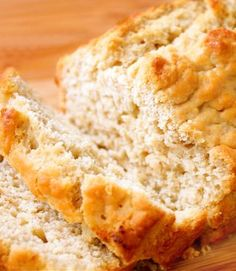 Honey Beer Bread — 5 minutes, simple ingredients, ridiculously delicious.