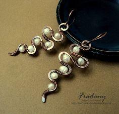 Pendientes de Cobre y Perlas by Anacely Olmedo, via Flickr