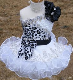 2014 New Glitz Pageant Dresses for Girls Toddler One shoulder Black and White Organza Beaded with Handmade Flowers Toddler Pageant Dresses, Beauty Pageant Dresses, Pagent Dresses, Little Girl Pageant Dresses, Pageant Wear, Pageant Gowns, Cute Dresses, Girls Dresses, Flower Girl Dresses