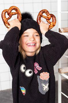 Nina Elenbaas | Bake My Day  Nina Elenbaas | Bake My Day  BAKE MY DAY * Photography - @tjitskeagricola_photography  Styling & Concept @ninaelenbaas Models - Jules & Jolie. Special thanks to @rebelinthehouse, @littlerevomag & @boulangerieoscar #kidsfashion #kidsstyling #kidsstylist #peachandcream #pretzel #ninaelenbaas #tjitskeagricola #rebelinthehouse