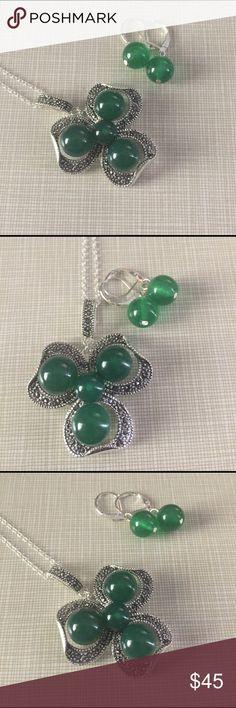 Jade marcasite pendant set Beautiful jade marcasite jade set pendant is gorgeous around 2' long with 4 graduate green jade stones set in silver inlay with 18/19' chains and 1' lever back green jade silver earrings nwot Jewelry Necklaces