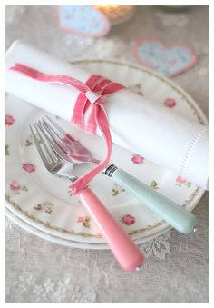 Never forget the little details. The ribbon on a napkin, the arrangement of a place setting.... the perfect shade of on a lamp that casts just the right lighting. Details matter so much. #shabbychic